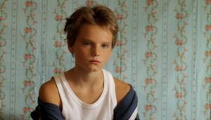 """Laure, 10 ans, se fait passer pour un garçon dans le film """"Tomboy"""""""